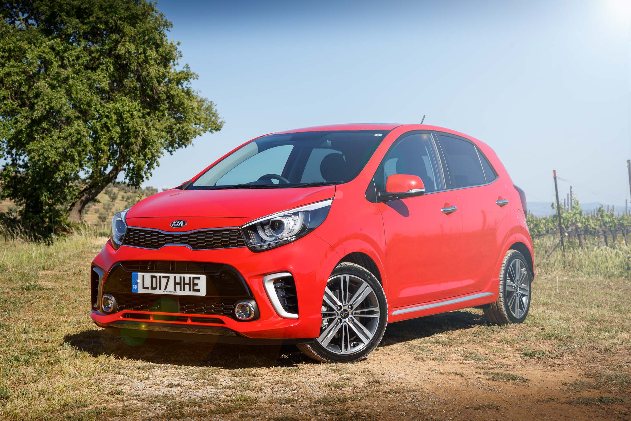kia picanto gt line s the most fierce looking city car you can buy. Black Bedroom Furniture Sets. Home Design Ideas