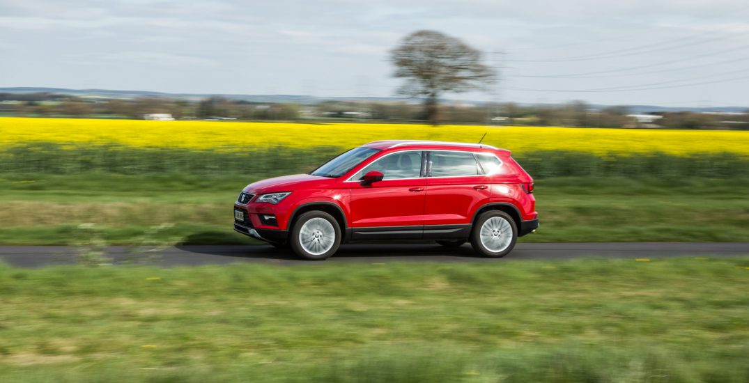 2017 SEAT Ateca Red HR 4