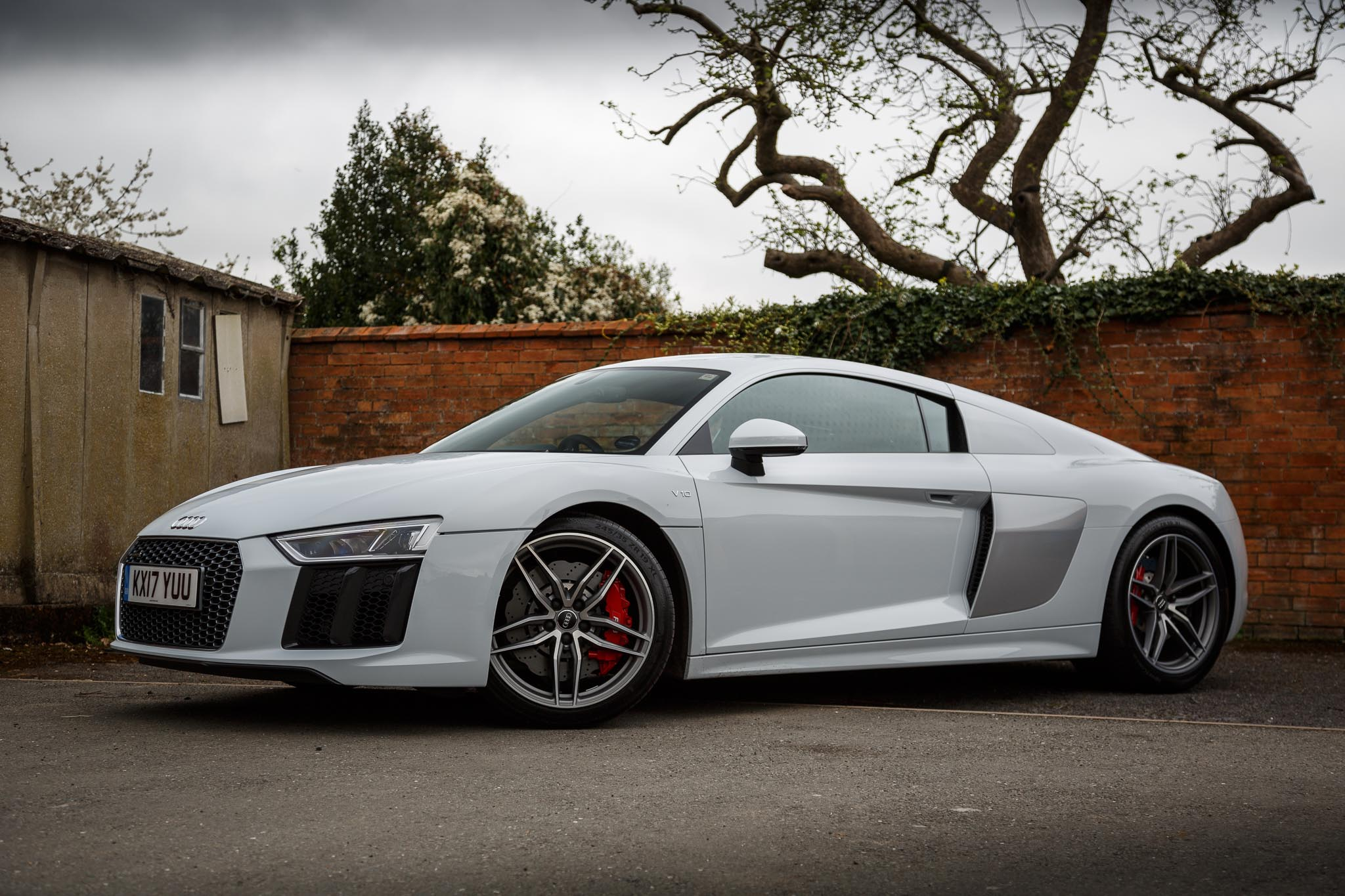 2017 Audi R8 V10 Review - A Properly Fast, Everyday Supercar