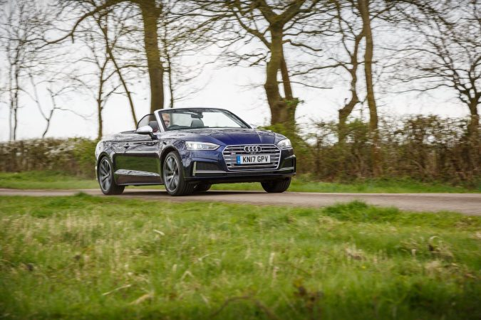 Audi S5 Cabriolet front right action