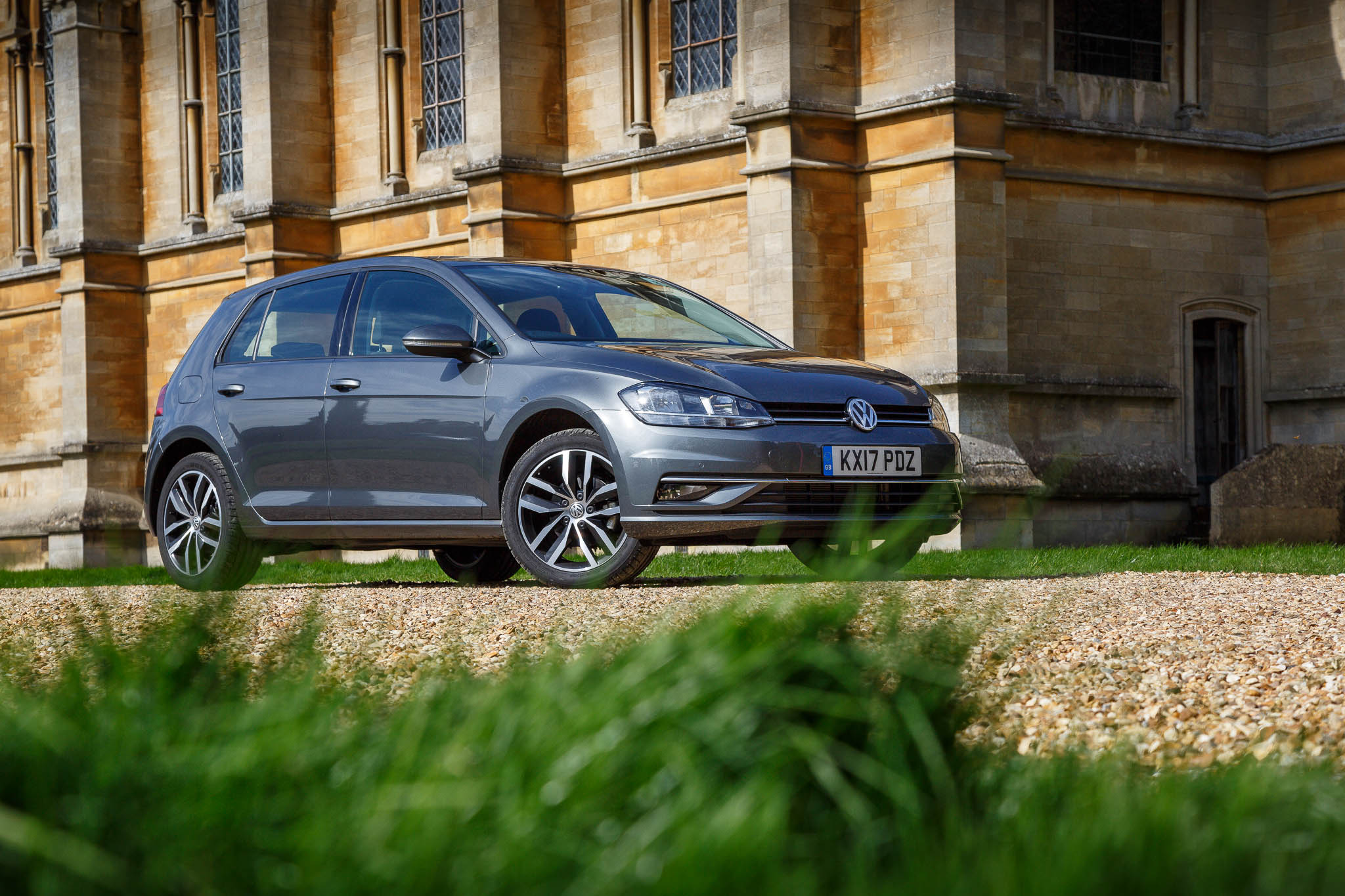 2017 volkswagen golf se nav 1 0 review an impressive. Black Bedroom Furniture Sets. Home Design Ideas