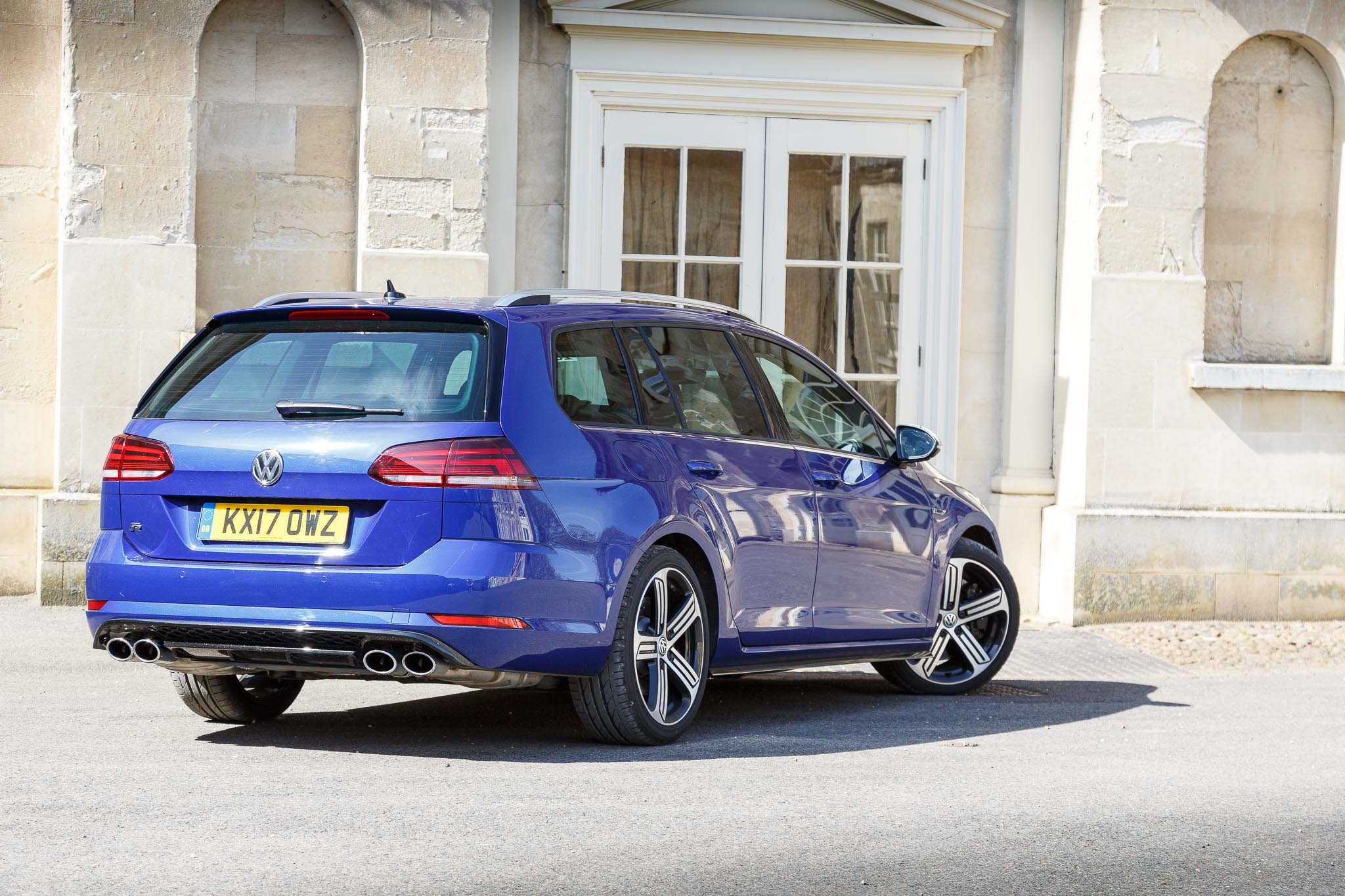 volkswagen golf estate  review  magical