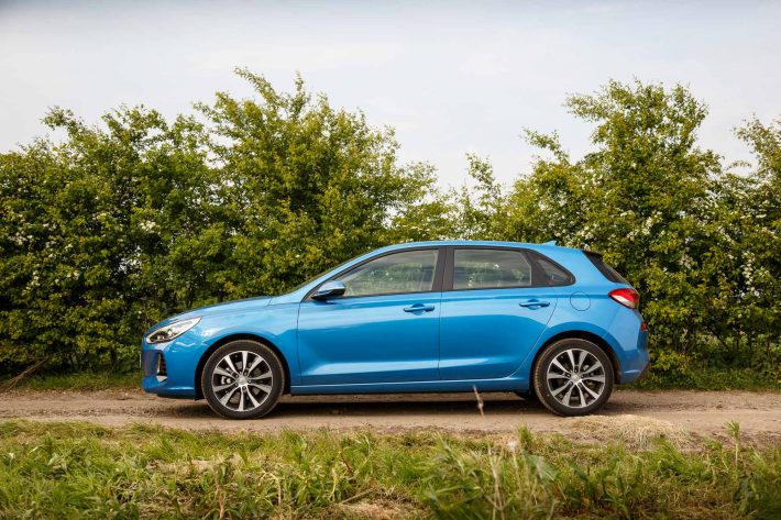 2017 Hyundai i30 Blue PH 16