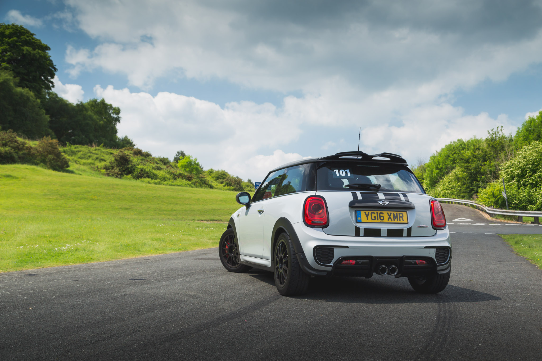 2017 MINI JCW Challenge Review (John Cooper Works