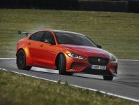 Jaguar XE SV Project 8 9