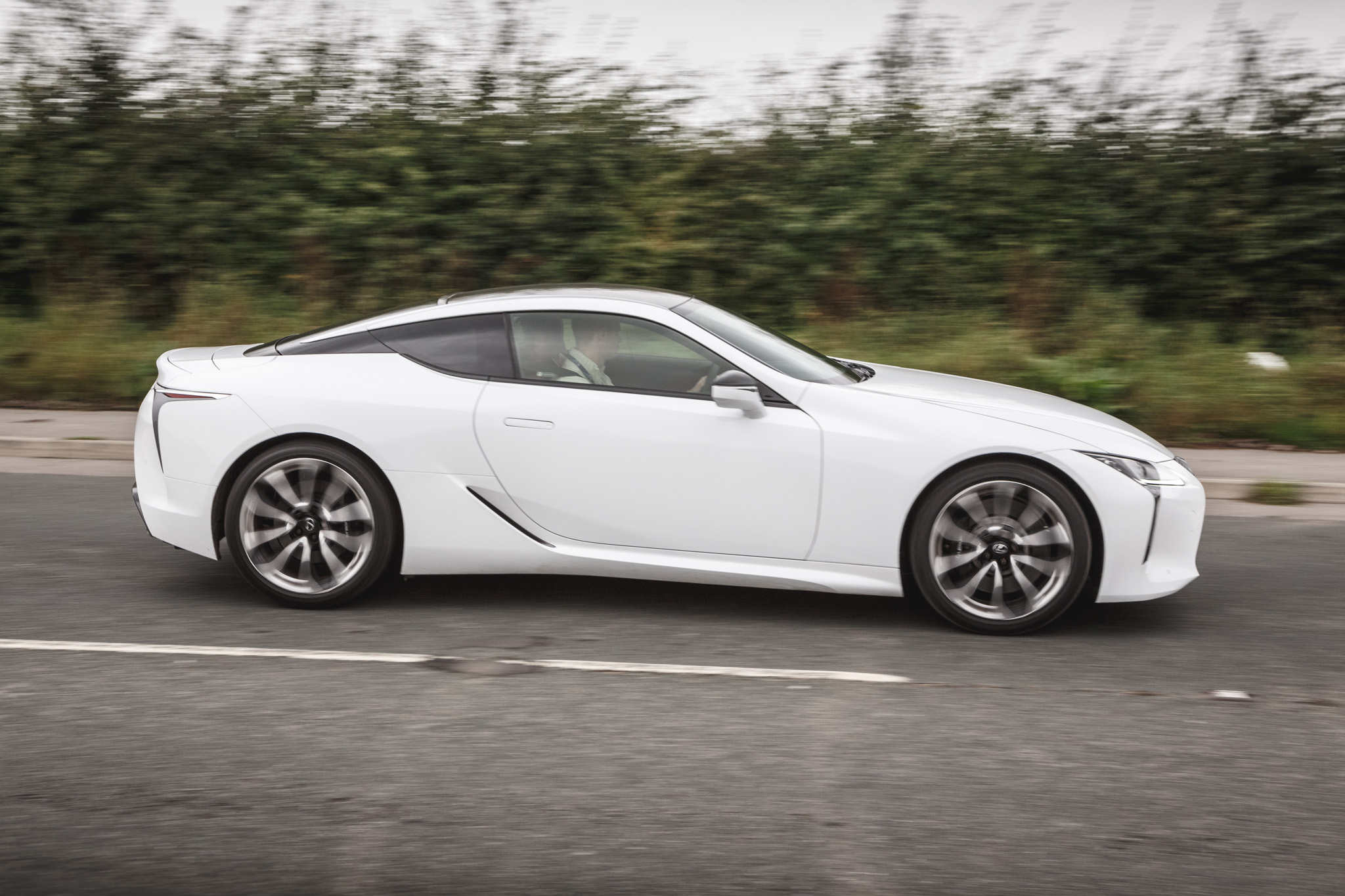 2017 Lexus LC500 Reviewed | Motor Verso