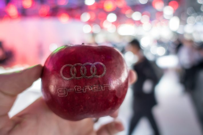 Frankfurt IAA 2017 323 Audi Apple
