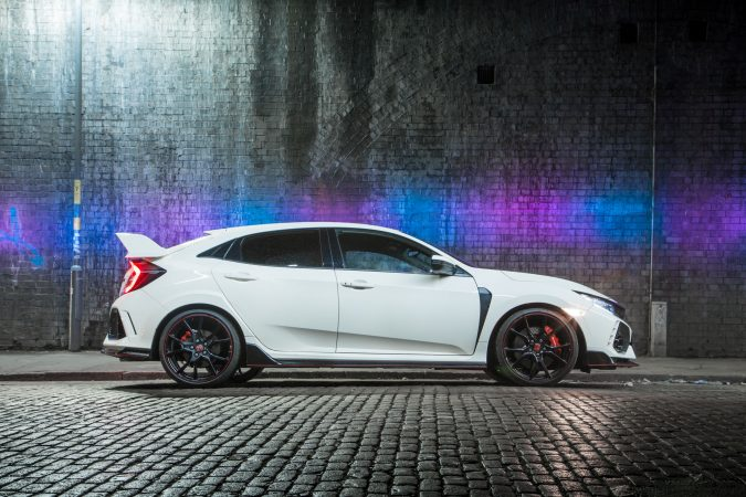 Shoot At Night or Light Painting Civic Type R