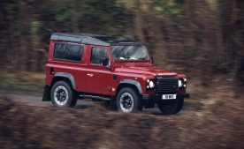 Land Rover Defender Works V8 4