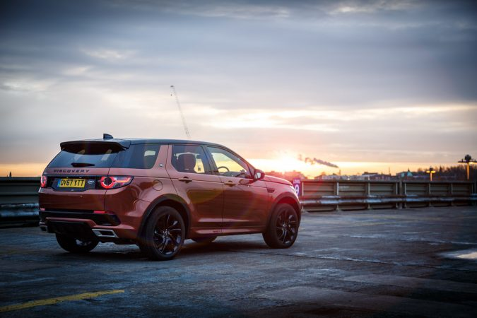 Land Rover Discovery Sport HSE Dynamic Lux PH 19