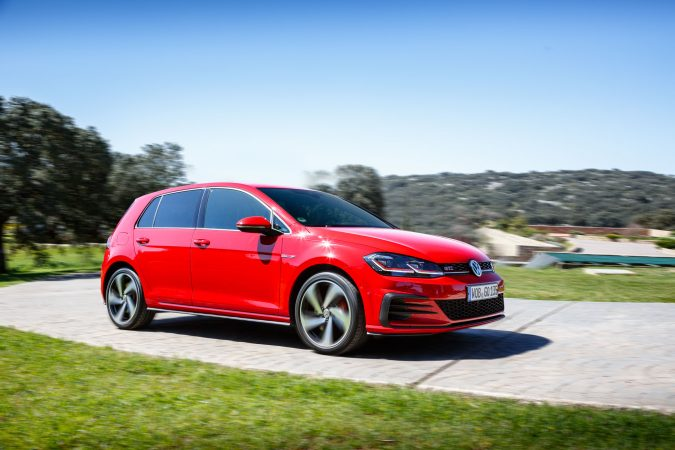 volkswagen golf gti 2018 review the best example we have seen yet. Black Bedroom Furniture Sets. Home Design Ideas