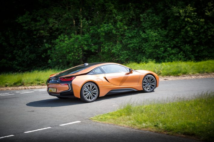 BMW i8 E Copper 25