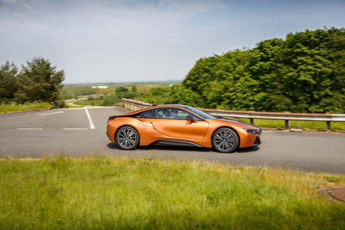 BMW i8 E-Copper Driving