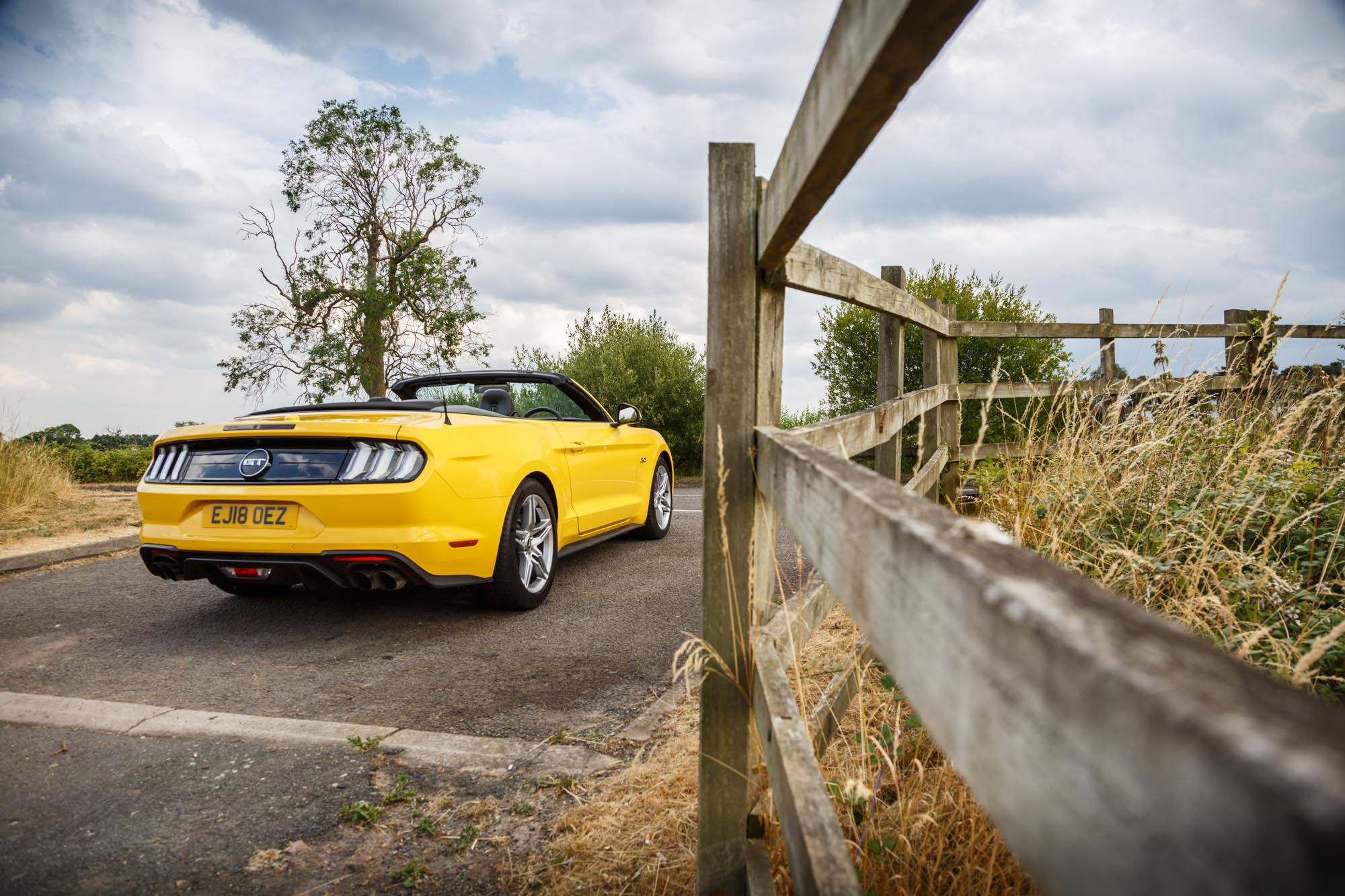 Ford mustang 2018 convertible gt review