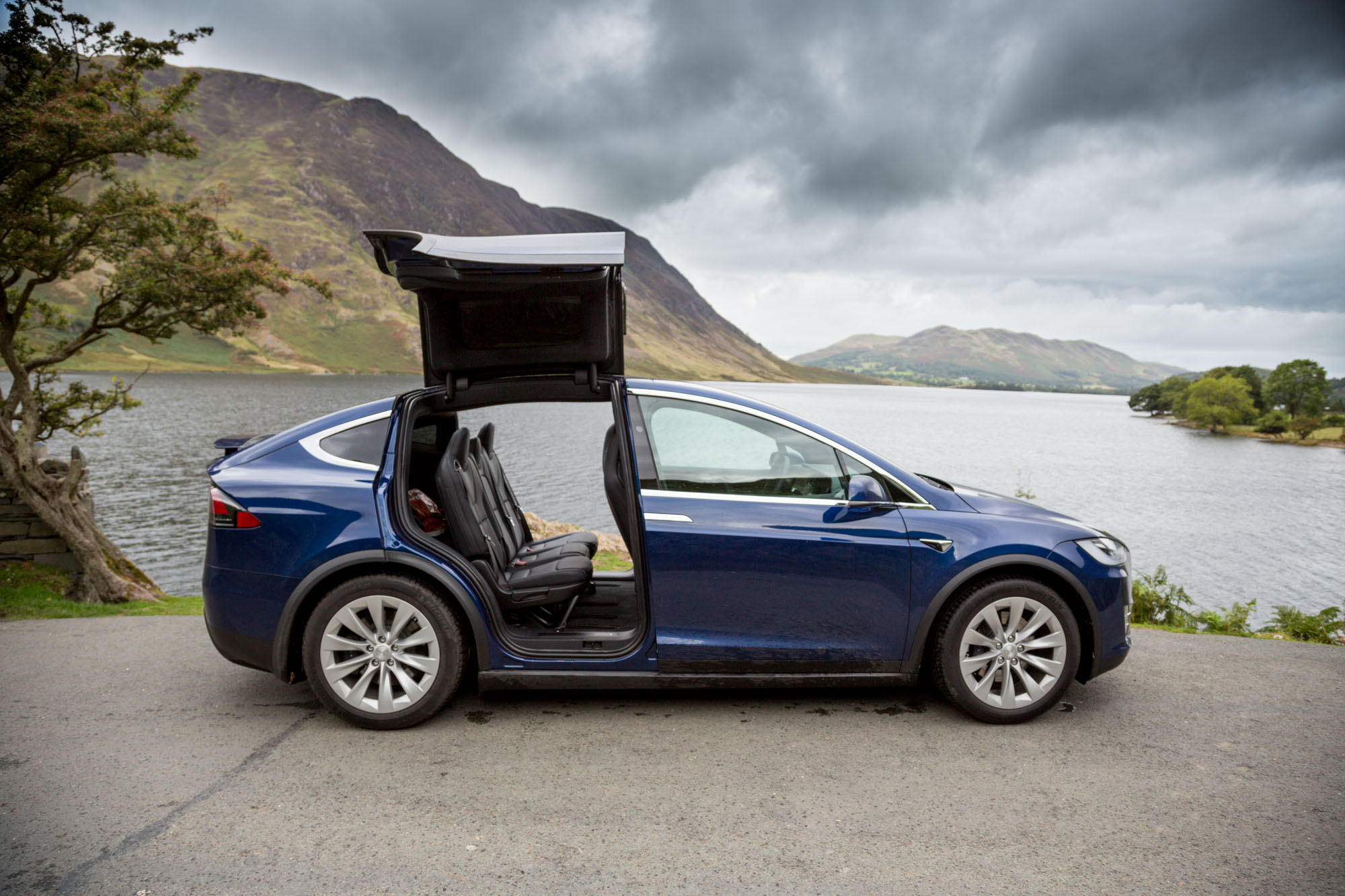 tesla model x 100d gallery. Black Bedroom Furniture Sets. Home Design Ideas