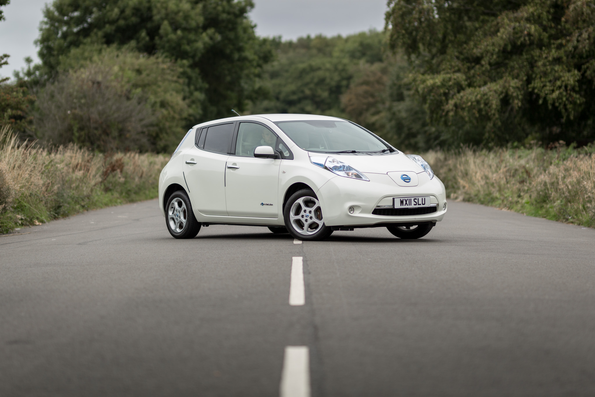 To Know About Secondhand Electric Cars Specifically We Ll Be Discussing The Generation 1 Nissan Leaf A Cute Quirky Car With Unique Body Shape