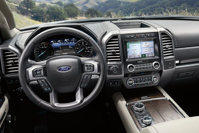 the best 3 row suv Ford Expedition