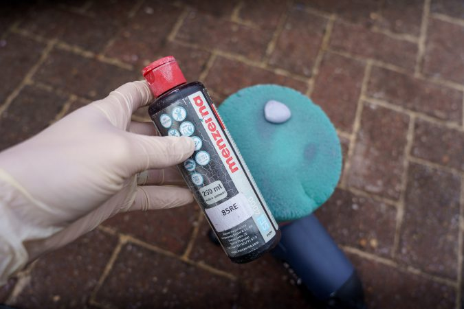 Restore Car Paintwork using a machine polisher
