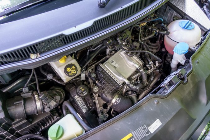 VW Transporter Kombi Engine with DSG