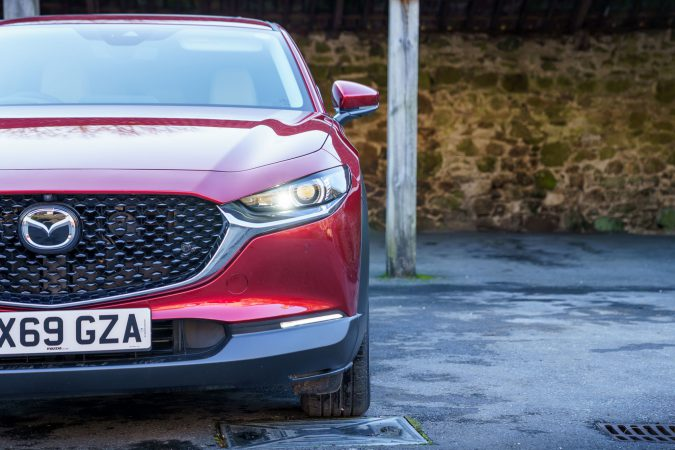Mazda CX-30 Grille Headligths