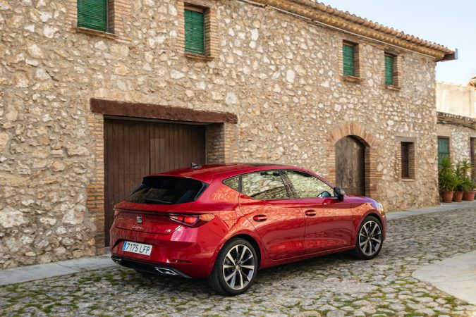 New SEAT Leon 2020 Side