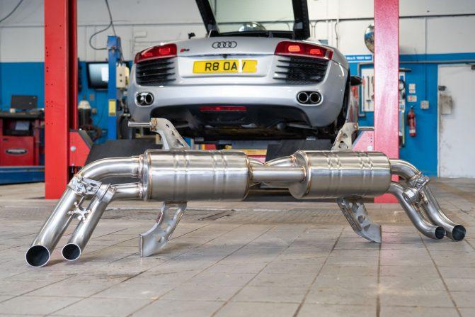 Topgear Audi R8 V8 Valvetronic F1 Exhaust Review