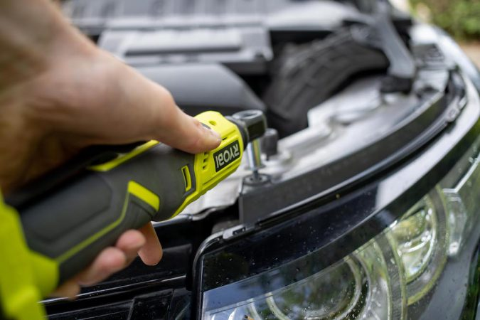 Ryobi Ratchet Wrench in use