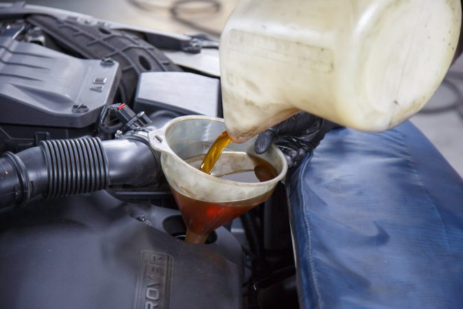 Oil spillage can cause the alternator to not charge battery