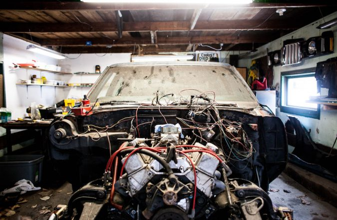 Replacing the piston rings require a partial or full disassembly of the engine